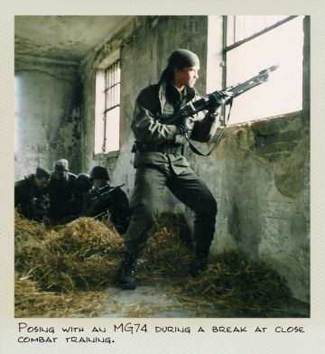 Tom (MILPICTURES) poses with a MG74 during a break at close combat training.